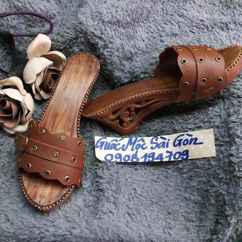 guốc gỗ quai màu tràm 1